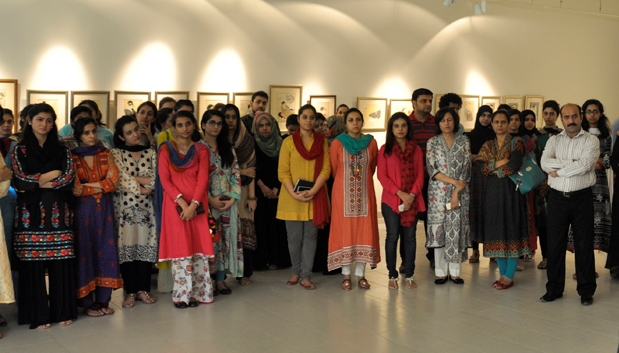 Pakistan Institute Of Fashion Design Lahore Address School Style